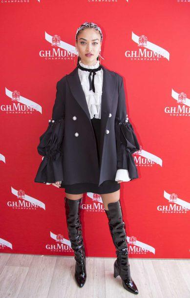 blouse jacket boots hairstyles shanina shaik model off-duty skirt
