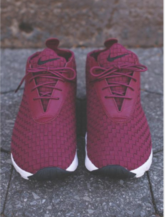 maroon burgundy nike running shoes cross pattern nike sneakers nike shoes oxblood shoes garnet burgund nike footscape désert chukka girl red marron burgundy shoes burgundy roshes roshe runs sneakers low top sneakers purple