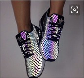 shoes,addias shoes,hologram sneakers,size 5.5