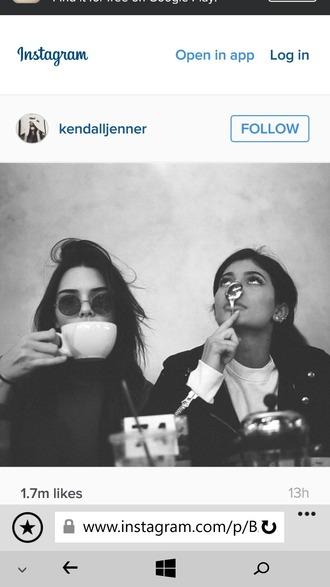 sunglasses round sunglasses round frame glasses wavy hair kylie jenner kendall and kylie jenner kendall jenner tea fashion black long sleeve top white top black coat eye makeup ponytail cup spoon party eyebrows classy