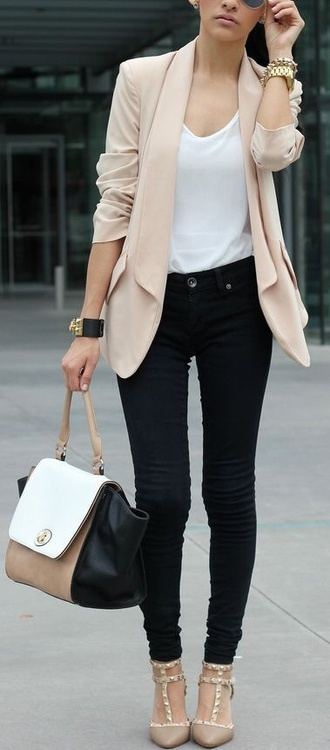 jacket shoes coat nude coat selena gomez ariana grande justin bieber long coat woman coat women long coat dress woman black skinny jeans white top nude pink streetstyle multicolor leather bag pastel office outfits pointed toe pumps