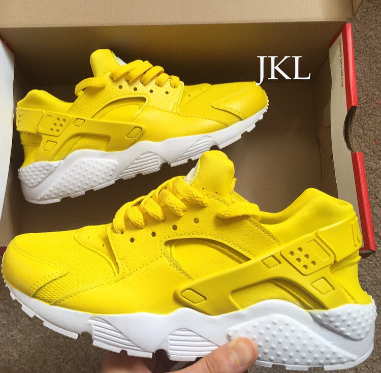 Adults Lemon Zest Nike Air Huarache, Lemon Huarache, Nike Huarache Yellow,  Unisex Lemon Huarache