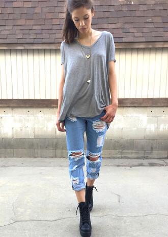 t-shirt grey gray gray shirt jeans ripped jeans boyfriend jeans denim