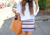 skirt,striped skirt,shirt