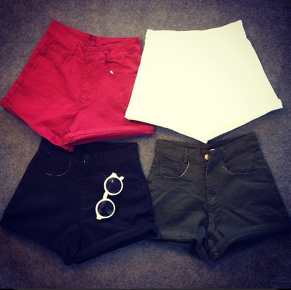 shorts red shorts red white black shorts High waisted shorts white shorts black summer outfits summer shorts