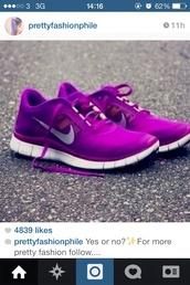 shoes,nike free runs purple white