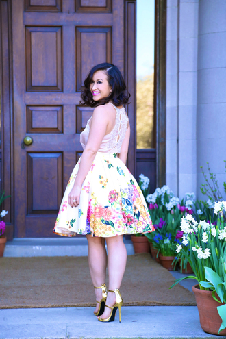 ktr style blogger tank top gold shoes floral skirt