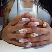 nail accessories,nail art,alleycat,alleycat jewelry,alleycat nails,alleycat nail jewelry,instyle,gold nail pieces,nail fashion,nail crowns,nails,nail shields,nail charms,gold nails,nail jewels,nail jewelry,nail jewellery,nail adornment,nail armour,nail inspiration