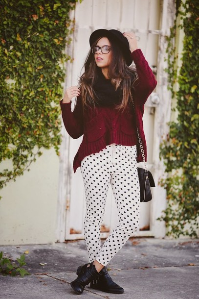 nany's klozet pants sweater shoes scarf bag hat polka dot pants burgundy sweater glasses black hat fall outfits black bag cut out ankle boots black boots flat boots