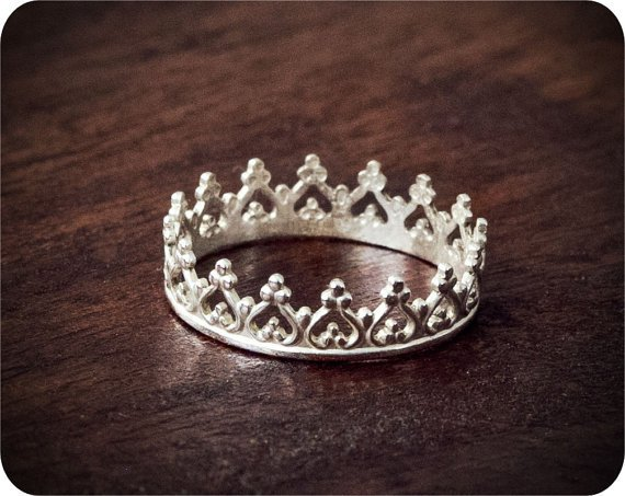 Sterling Silver Majestic Crown Ring on Wanelo