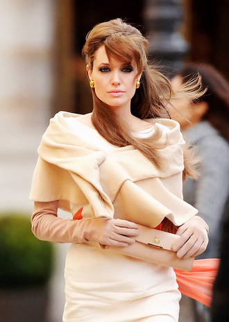 coat angelina jolie the tourist classy gloves