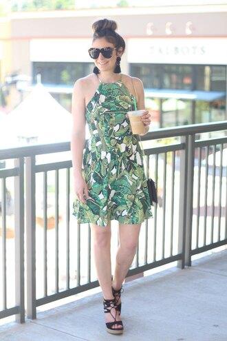 looks like rein blogger dress shoes bag sunglasses mini dress green dress