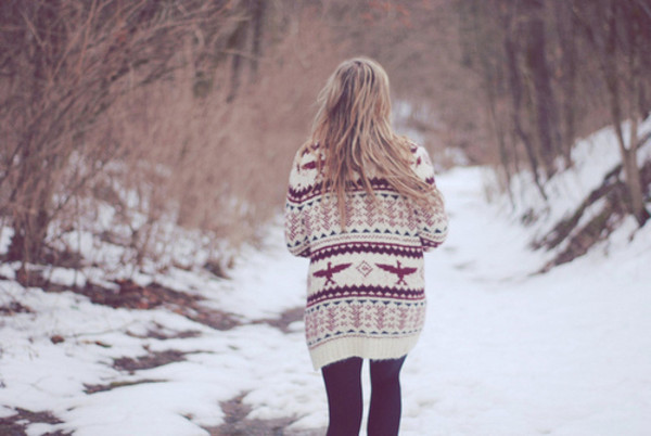 tribal cardigan jacket sweater aztec knitwear oversized sweater knit knitted sweater cardigan winter cosy winter sweater printed sweater leggings black blonde hair red white winter sweater cute sweaters clothes shirt tribal sweater coat cardigan beautiful white cardigan gray/white cardigan sweater ethnic boho cute cute outfits winter outfits winter cardigan fall sweater fall outfits warm stylish snowflake cold snow winter outfits norway style