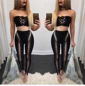 top,lipstick,black top,summer top,black crop top,cute top,crop tops,two piece dress set,two-piece,clothes,fashion,stylish,style,clubwear,leggings,black leggings,high waisted leggings,all black everything,choker necklace,black choker,necklace,bottoms