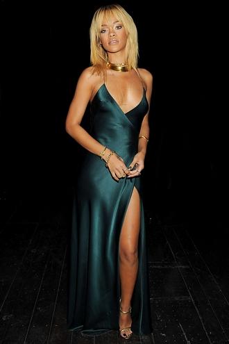 dress rihanna
