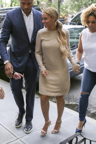 dress gold beyonce sandals