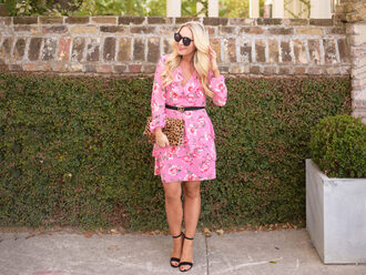 cortinsession blogger dress belt bag shoes jewels sunglasses gucci belt clutch floral dress pink dress sandals