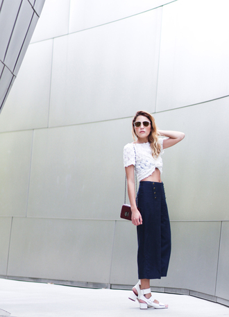 the marcy stop blogger t-shirt bag sunglasses shoes