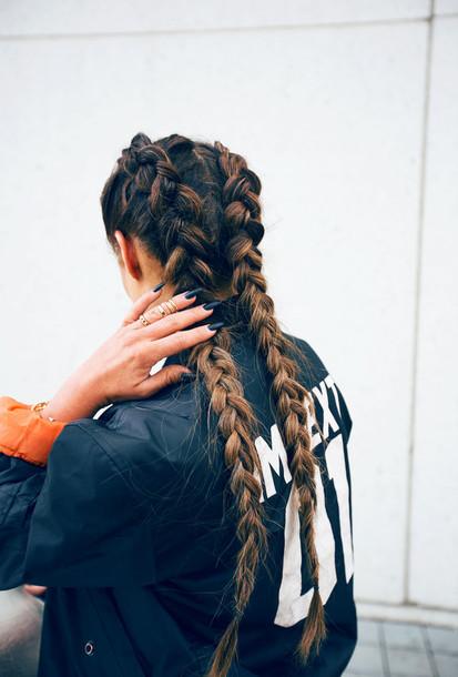 fanny lyckman blogger braid hairstyles urban hair accessory coat california girl beauty shirt jacket black and white fashion grunge style girly girl bomber jacket nail accessories gold ring nail polish