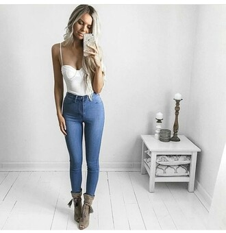 white top skinny jeans high waisted jeans open toes ankle boots suede boots
