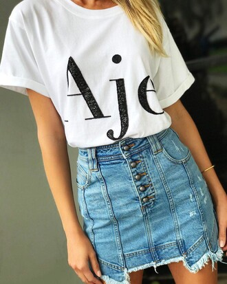 skirt tumblr mini skirt denim denim skirt blue skirt frayed denim frayed denim skirt t-shirt white t-shirt