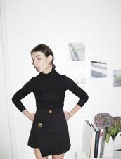 a portable package,blogger,asymmetrical skirt