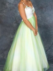dress,formal dress,prom dress,long dress,green dress,white dress,one strap