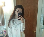 shirt,that,make,geometric,face,shapes