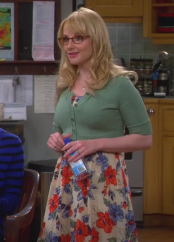 big bang theory floral dress melissa rauch