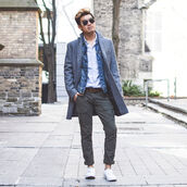 alexander liang,blogger,belt,menswear,grey coat,denim jacket,mens coat,mens pants,coat,jacket,shirt,pants,shoes,sunglasses,mens denim jacket,mens cargo pants,mens low top sneakers