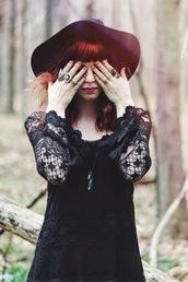 secret garden,hat,dress