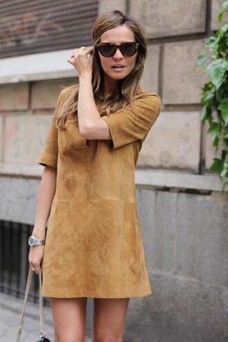 dress tumblr suede dress suede camel dress short sleeve short sleeve dress mini dress sunglasses tortoise shell tortoise shell sunglasses fall dress
