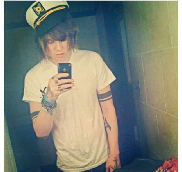 hat chris drew christofer drew christopher drew captain hat sailor hat white shirt hot
