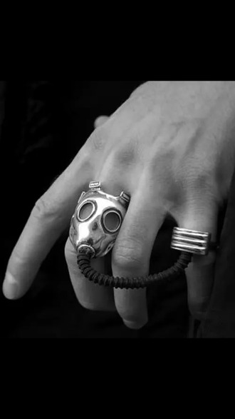 jewels ring gas mask silver and black
