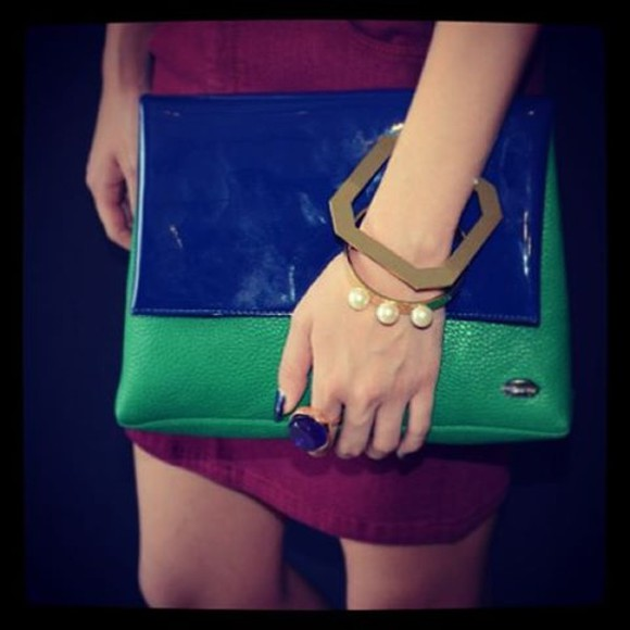 dress asymmetrical blue green jewels jewel metal square original bracalet pearls ring clutch burguny