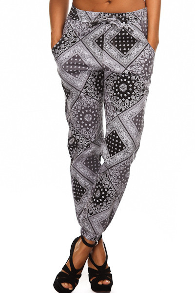 "Swagga ""peace out"" paisley print joggers – glamzelle"