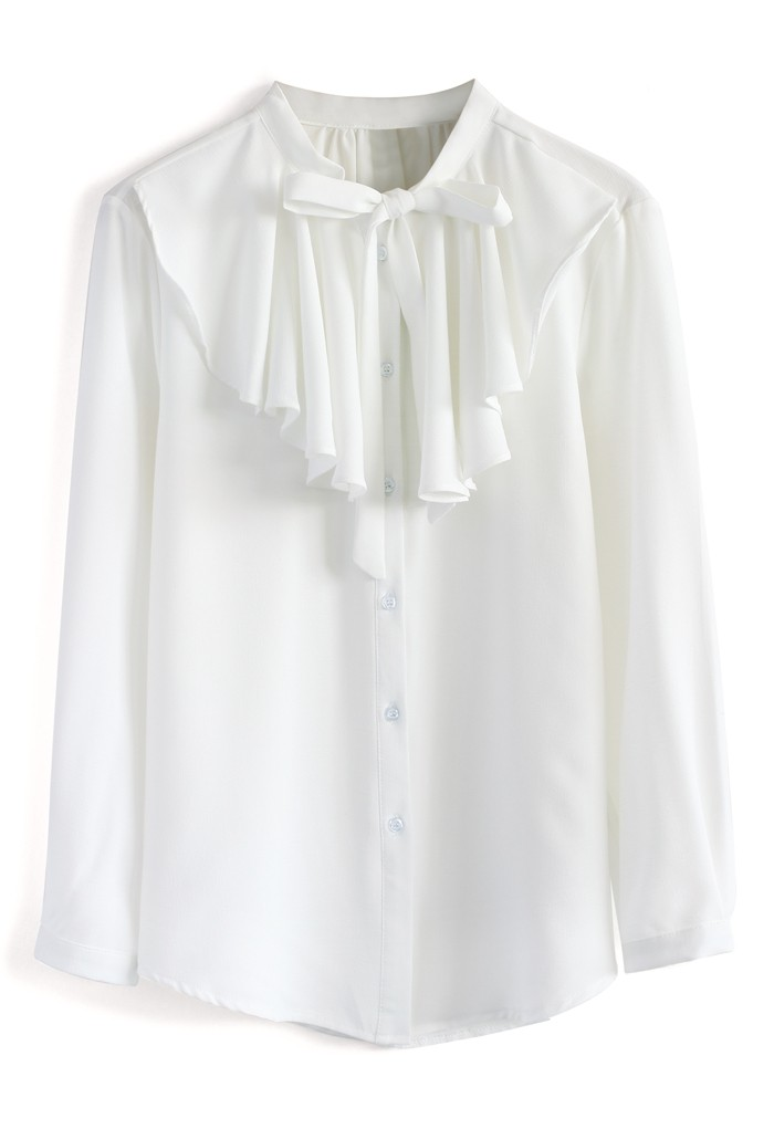 Frilling grace crepe top in white