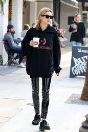 sweater,all black everything,hoodie,hailey baldwin,model off-duty,celebrity,vinyl,pants,black