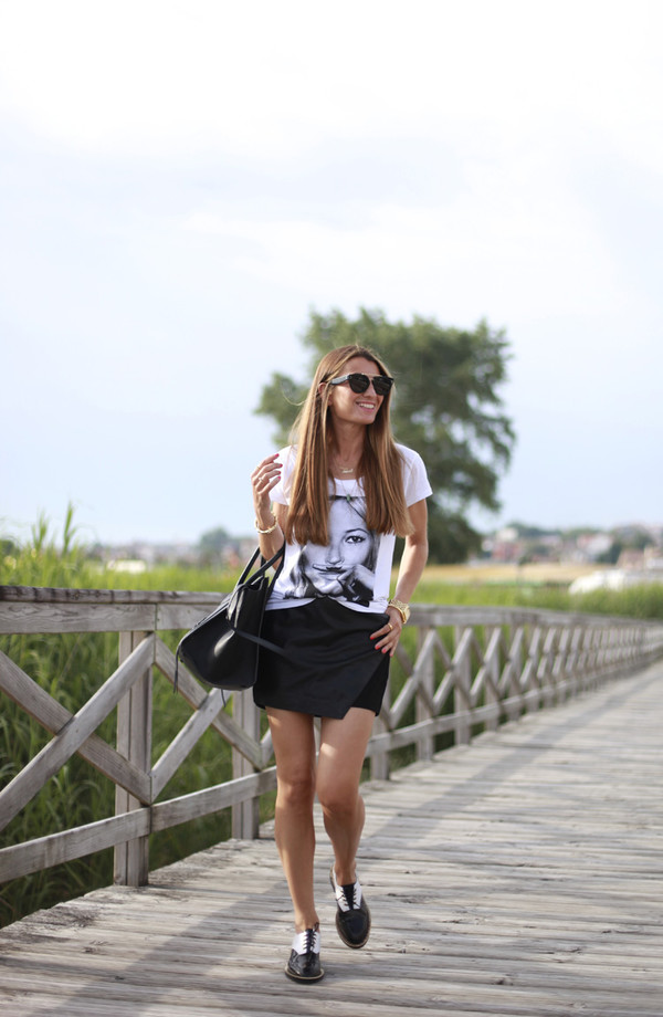 b a r t a b a c t-shirt skirt shoes bag sunglasses jewels