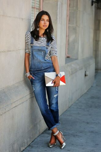 jeans black and white striped shirt colorful purse metallic heels blogger denim overalls