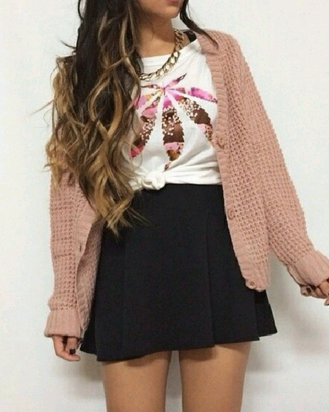 top skirt pink circle skirt black shirt gold necklace cardigan white crewneck bag jacket t-shirt