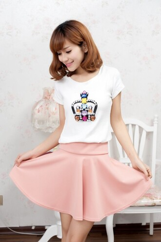 skirt mini skirt skater skirt spring outfits spring skirt clothes girl shirts women fashion amazing casual t-shirt women t shirts outfit outfit idea tumblr pink pink skirt summer outfits blouse crop tops crop classy classy girls wear pearls cute pretty