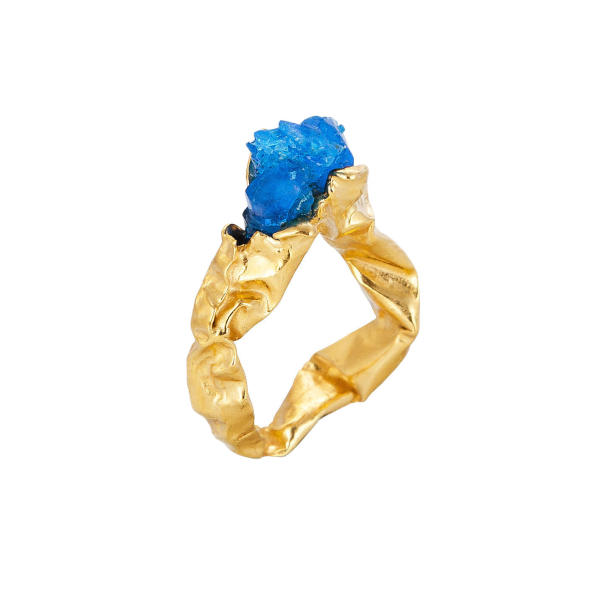 C r u s h blue statment gold ring