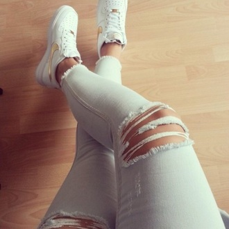 jeans lightblue jeans ripped jeans shoes