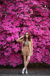 fashion coolture,blogger,shoes,sequins,brown jacket,mini skirt,choker necklace,brown,silver,ankle boots,blazer,beige skirt,pleated skirt,sequin top,sunglasses,silver ankle boots,sequin shirt,thanksgiving outfit
