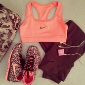 top,leggings,shoes,nike running shoes,nike shoes,workout shoes,pink,nike,workout,jumpsuit,nike pro sports bra,ladies nike pro shorts