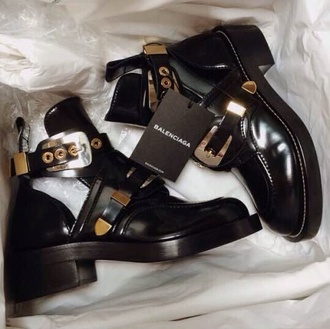 swag style swag!!! want!!!! help. balenciaga