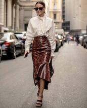 skirt,snakeskin skirt,black sandals,white t-shirt,fendi,bag,sunglasses