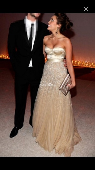 dress gold dress style prom dress prom gown classy dress cyrus miley cyrus classy beautiful ball gowns beautiful