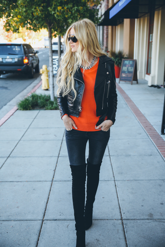 barefoot blonde blogger jeans red sweater leather jacket thigh high boots aviator sunglasses necklace winter outfits